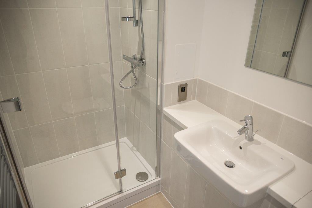 59 Hilto SE10 9QZ – Bathroom2 – (002)